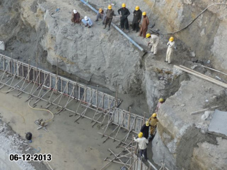 Opal 225 Karachi Latest Progress Update - December 2013 (1)