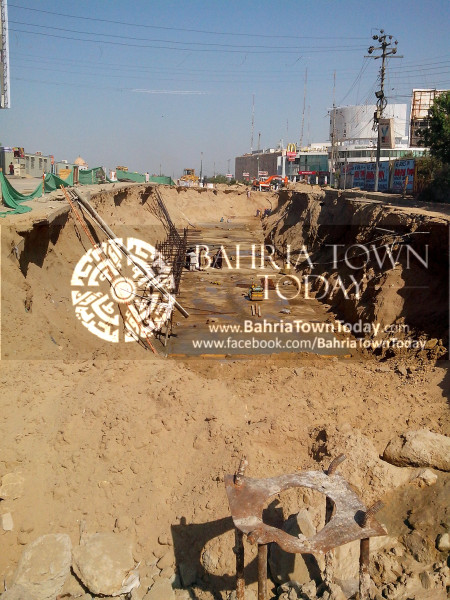 Bahria Town Icon Clifton Karachi Latest Progress Update - April 2014 (2)