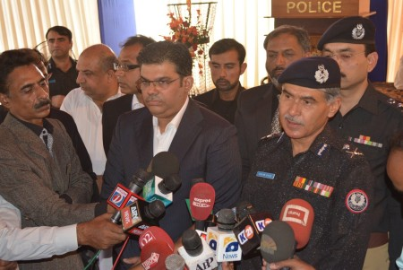 Bahria Town Allots Plots to Families of 20 Martyred Policemen (1)