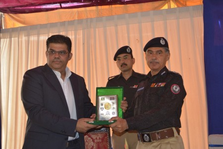 Bahria Town Allots Plots to Families of 20 Martyred Policemen (10)