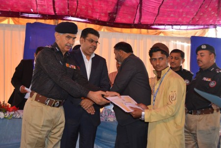 Bahria Town Allots Plots to Families of 20 Martyred Policemen (3)