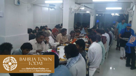 Bahria Town Opens Two Dastarkhwans in Hyderabad  (10)