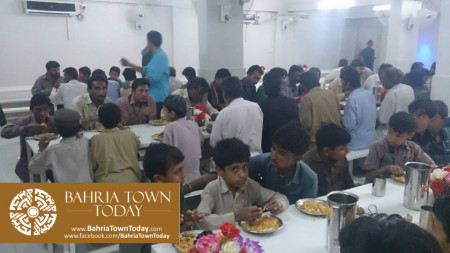 Bahria Town Opens Two Dastarkhwans in Hyderabad  (3)
