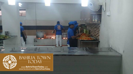 Bahria Town Opens Two Dastarkhwans in Hyderabad  (5)