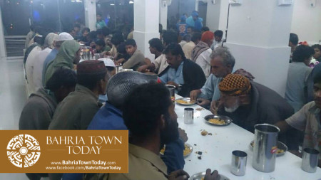 Bahria Town Opens Two Dastarkhwans in Hyderabad  (8)
