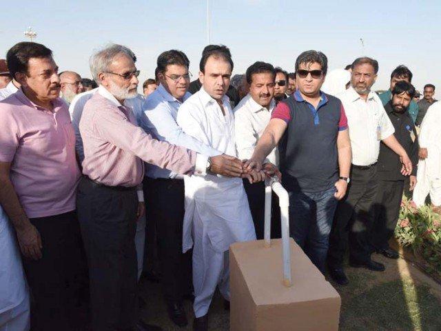 'Ali Riaz Malik' Inaugurates Water Supply in Bahria Town Karachi