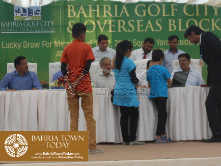 Bahria Golf City Karachi - Mercedes Benz Cars Balloting Results (59)