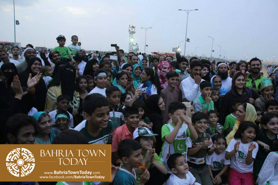 Family Azadi Festival 2015 at Bahria Town Karachi (53)