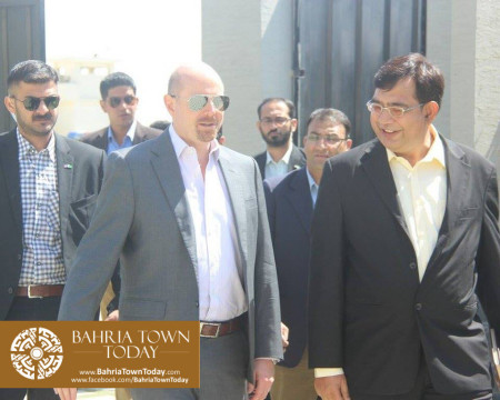 US Council General & Consulate Staff Visited Bahria Town Karachi (8)