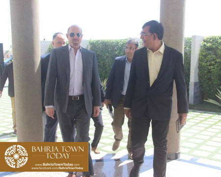 US Council General & Consulate Staff Visited Bahria Town Karachi (9)