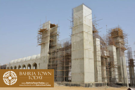 Grand Jamia Masjid Site Work Progress at Bahria Town Karachi - June 2016 (4)