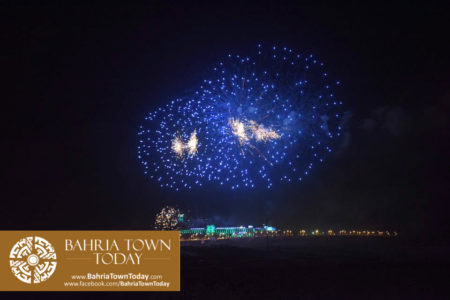 grand-fireworks-in-bahria-town-karachi-9th-september-2016-17