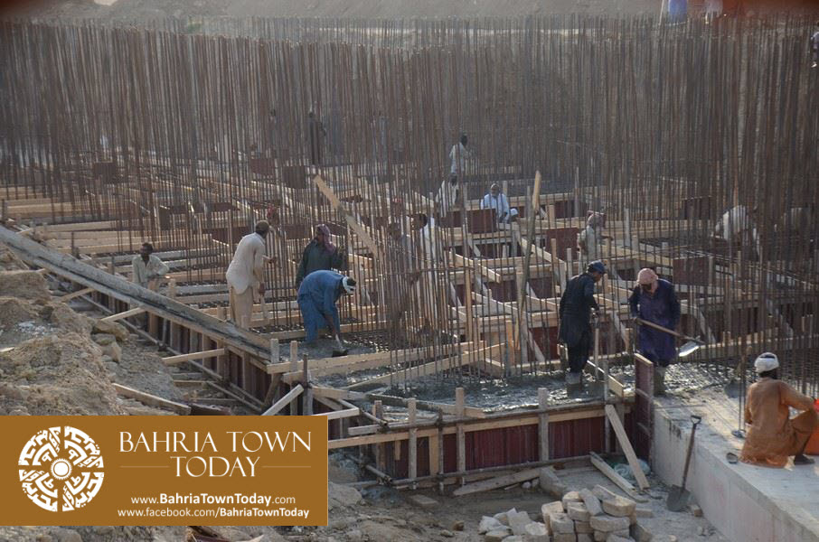dancing-fountain-at-bahria-town-karachi-6