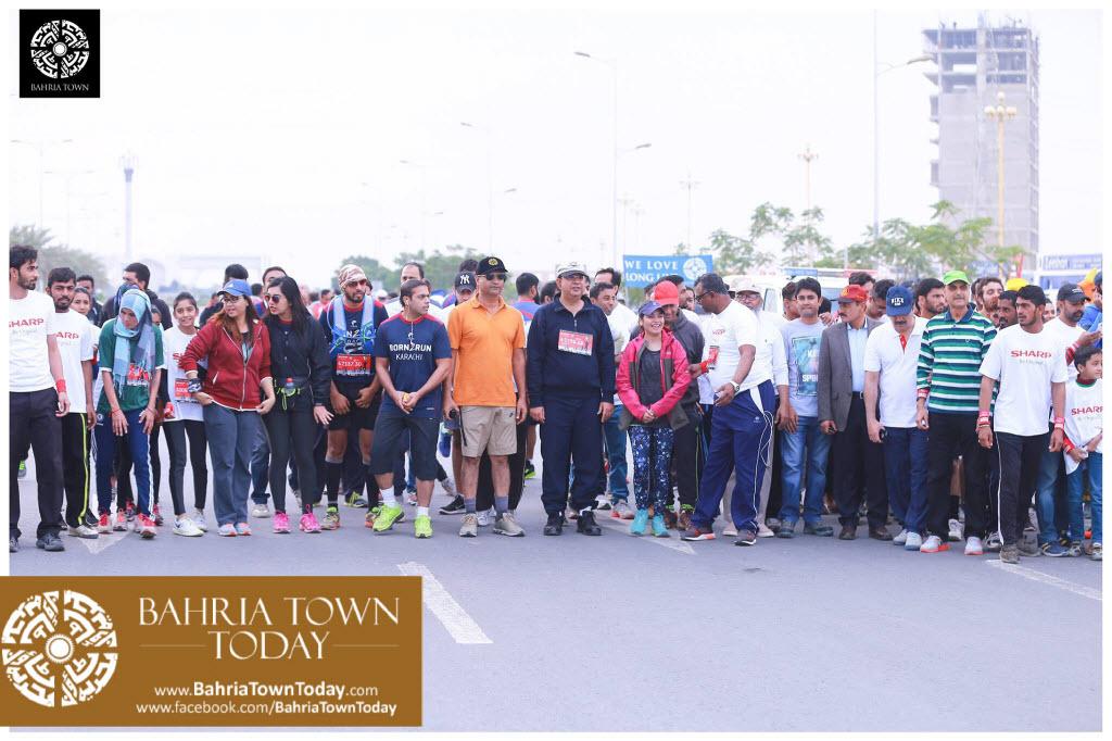 Bahria Town Hosted Marathon 2017 at Bahria Town Karachi (5)