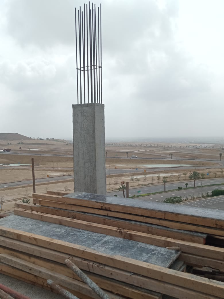 Fifth Floor Columns | Shuttering and Pouring| Jakvani Midway Tower